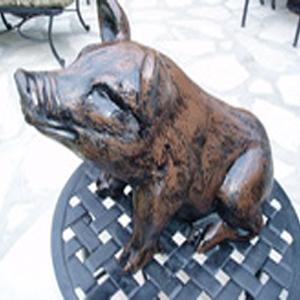 Small Sitting Pig Metal Garden Statue