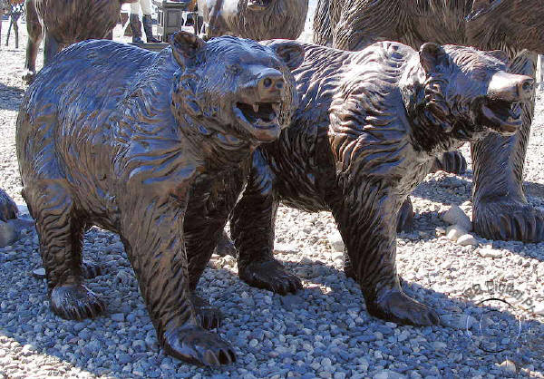 Sm Walking Grizzly Bear Garden Statue A4308