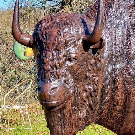 Buffalo statue lifesize XXL Closeup