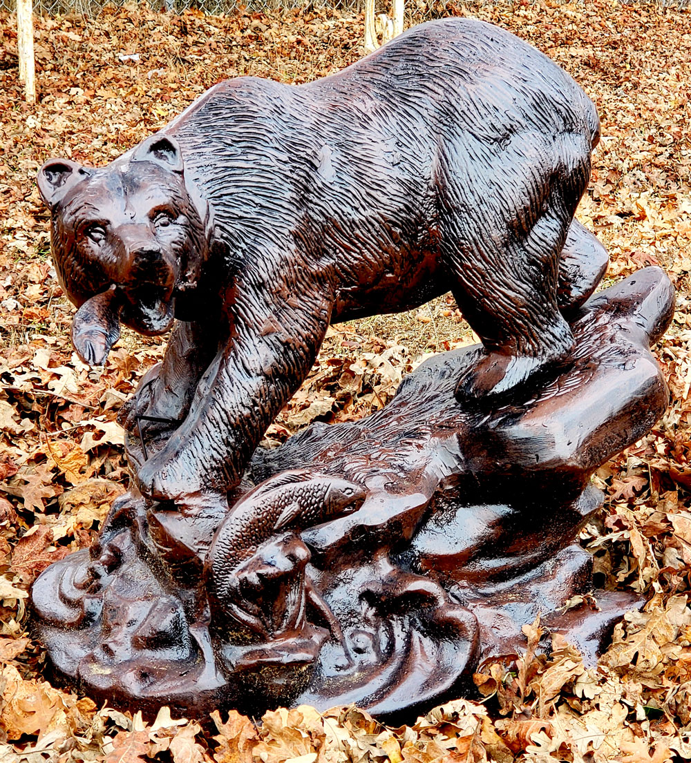 brown-bear-statue-grizzly-fishing