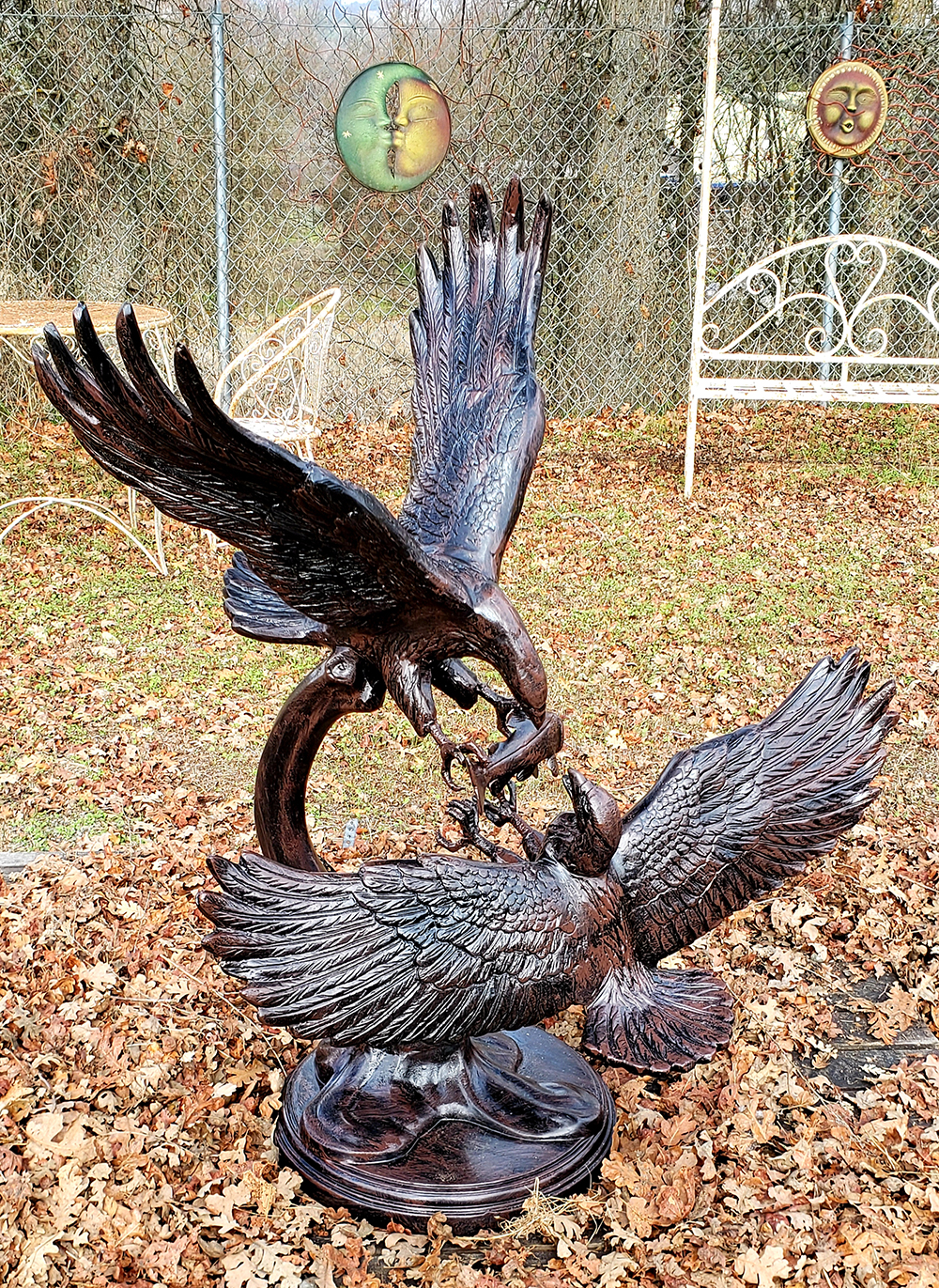 Double Eagle Statue Grasping Talons